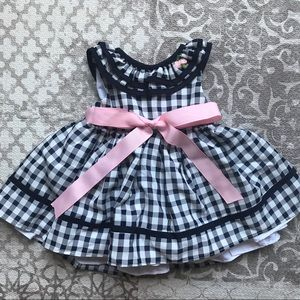 Laura Ashley baby girl 0-3 month dress